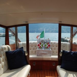 A Pic-nic on board on Lake Como