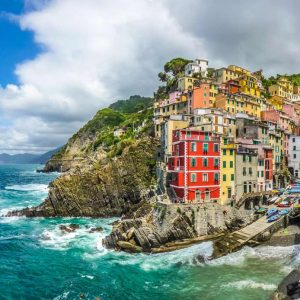 THE-BEST-TOUR-TO-5-TERRE-BY-TRAIN-WITH-SCIACCHETTRÀ-WINE-TASTING2